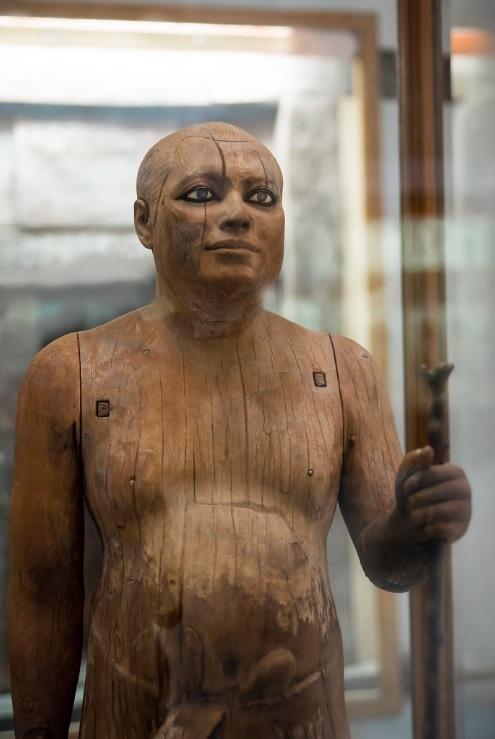 A extraordinária descoberta da estátua egípcia de madeira com olhos de cristal - 3