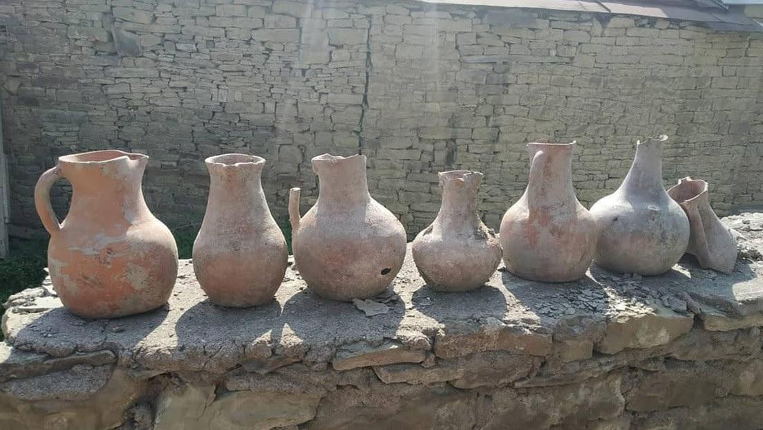 Russo encontra catacumbas do século V e restos humanos durante reforma de casa - 1