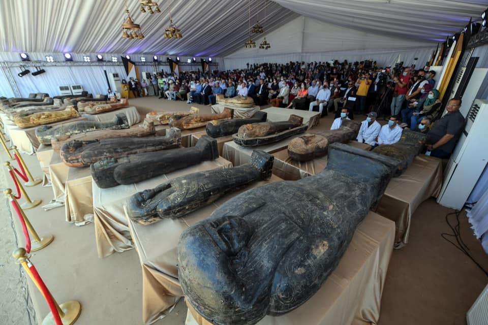 Maldição da múmia? Sarcófago de 2500 anos é aberto no Egito - 2