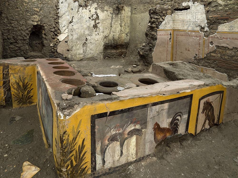 Escavações revelam detalhes de